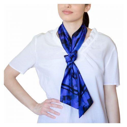 Bufanda de seda azul
