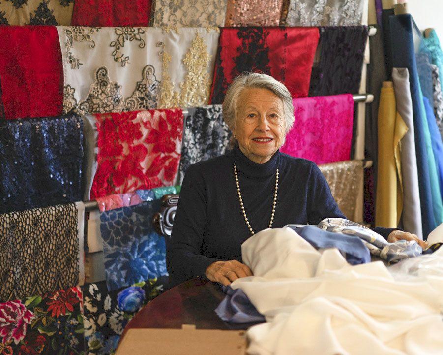 Alta costura con Carmen García, variedades en la seda