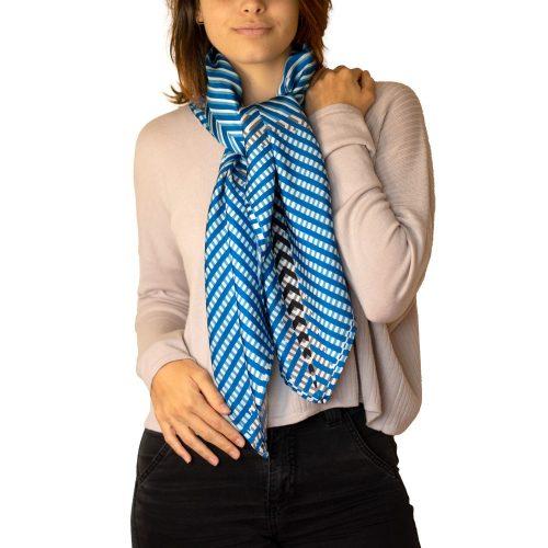 Pañuelo azul mujer
